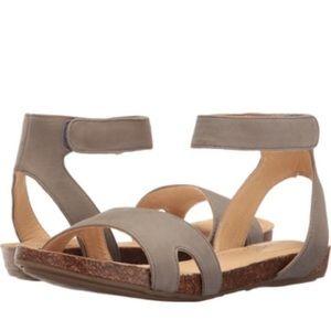 Adam Tucker Me Too Sandals